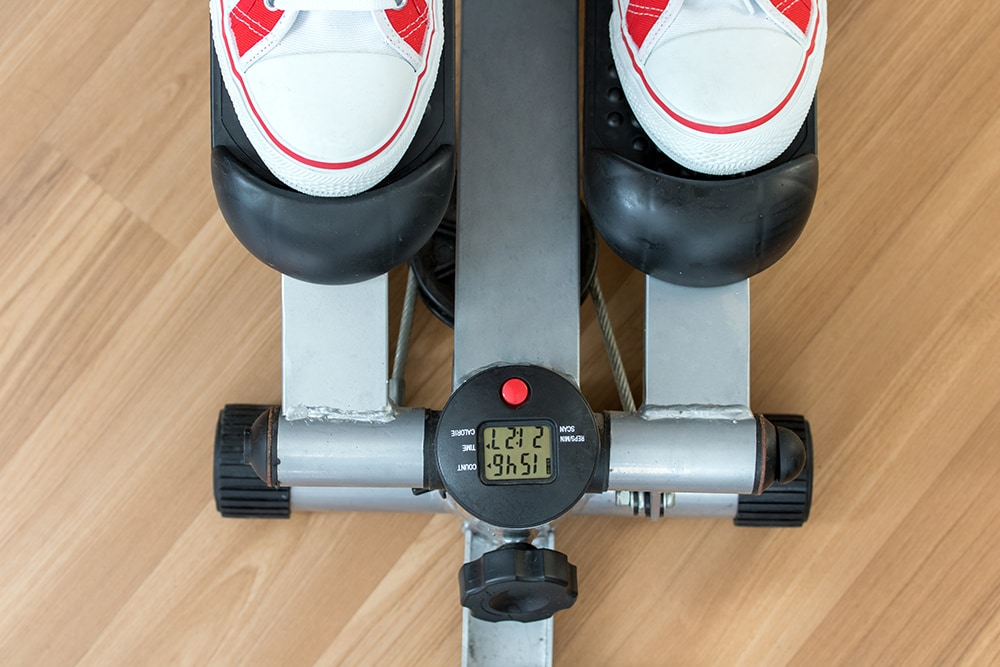 Exercise on a stepping machine, looking from above